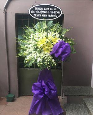 Vòng hoa tang lễ quận 3