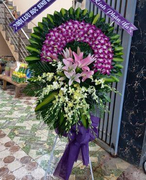 Đặt vòng hoa online