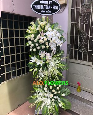lẵng hoa viếng tang