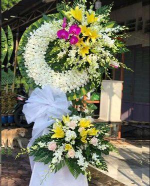 Hoa tang lễ tại TPHCM